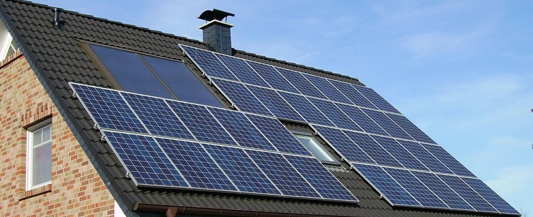 Rengöring solpaneler solceller